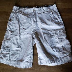 Like new Mens Arizona Cargo Shorts